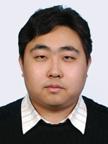 在职研究生考试网 张乃岳老师 个人简介北大教授,毕业于北京大学,拥有计算机、数学、金融学以及学等五个学位。曾在北京大学软件与微电子学院,北京大学金融信息工程系以及北京大学金融信息化研究中心,北京大学现代教育研究中心等处从事科研和教学工作。著名数学、逻辑考试辅导专家,经济学综合辅导专家。唯学教育专业硕士联考、同等学力申硕首席辅导专家,唯学教育命题组和阅卷组成员,数学教育链式教学法(CHAIN)的创始人,首创题盆式以及三基式考试应试法,讲课幽默风趣,深受学员好评! 主讲:GCT/MBA数学、逻辑。同等学力经济学综合及管理课程教学特点目前在在职研究生网担负考研数学、逻辑、GCT、MBA及建造师等多门课程的教学工作,其跨学科的教育背景,在多个项目上丰富的科研建树,独到的教学风格和高质量的辅导效果,令参加培训的学员受益良多。